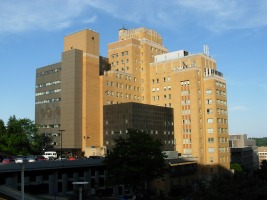 western_psychiatric_institute_-_thomas_detre_hall_1